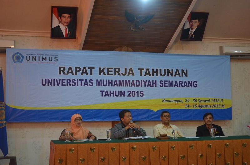 Pembukaan Rakerta oleh Rektor dan Wakil Rektor I, II, III Unimus