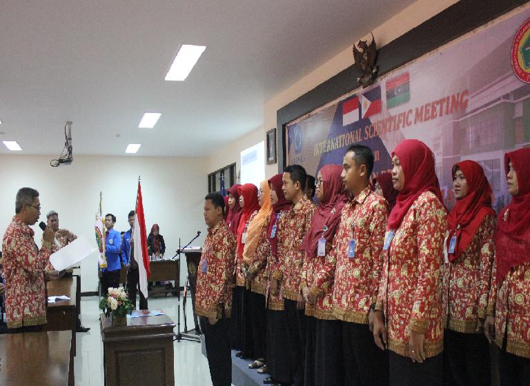 Sekretaris DPW PPNI Kota Semarang melantik pengurus DPK PPNI Unimus