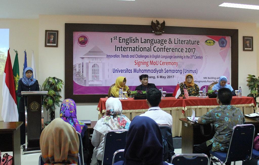 Pembukaan Acara Konferensi Internasional ELLiC